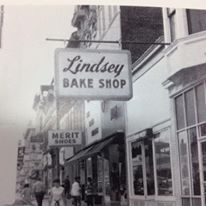 Lindsey's Old Photo